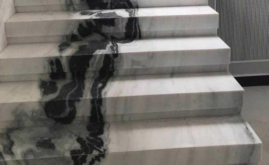 Atypické schody s navazující kresbou