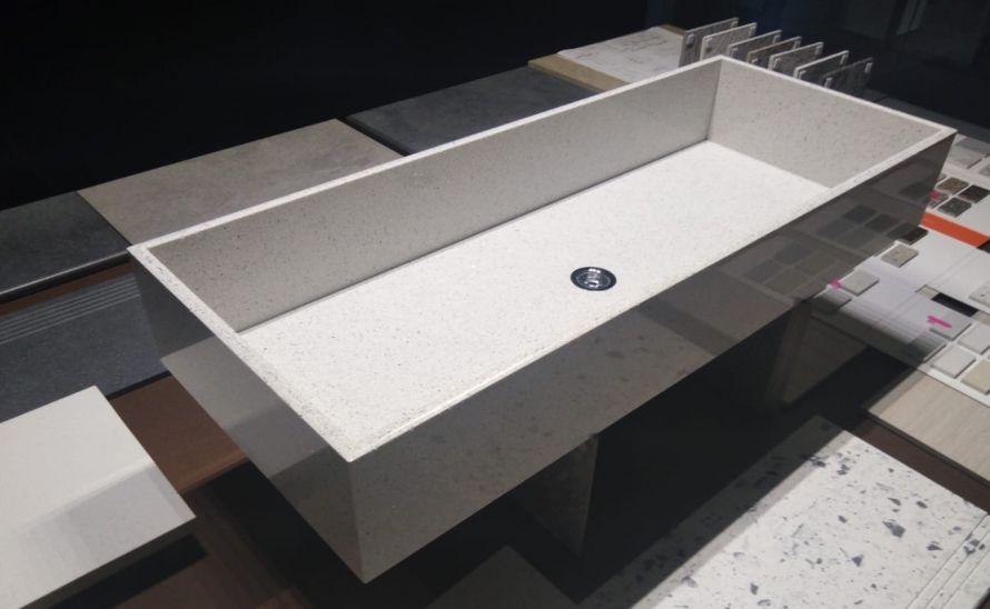Atypické umyvadlo Roma - slim umyvadlo s probarveným střepem