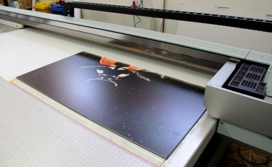 Digitální tisk na velkoformátové dlažby