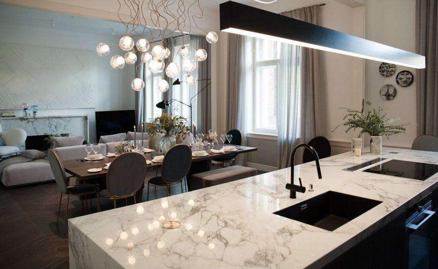 Kuchyňská deska - slinutá keramická dlažba v síle střepu 6 mm - FMG série Marmi barva Arabescato