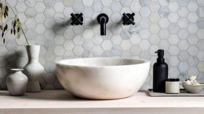 Mozaika na míru z keramické dlažby