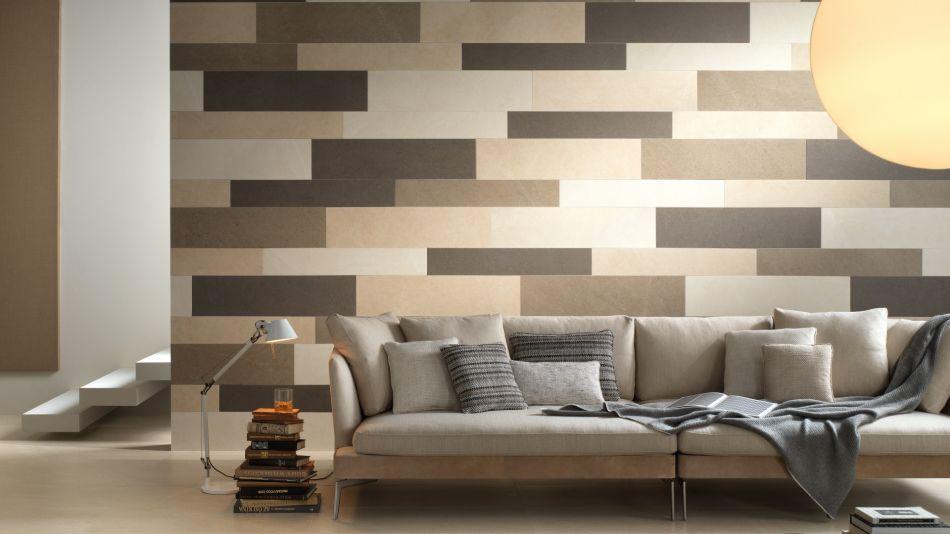 Obklad stěny z dvoutypového multiformátu - použití více barev a formátů